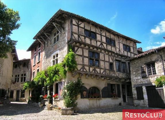 Hostellerie Du Vieux Pérouges - PEROUGES